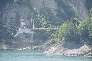 20つり橋ダムから.jpg